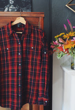 Load image into Gallery viewer, Plaid Flannel Button Down