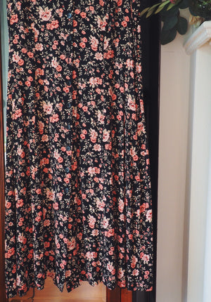 Vintage Floral Sleeveless Maxi Dress