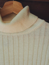 Load image into Gallery viewer, Vintage Cotton Turtleneck Sweater
