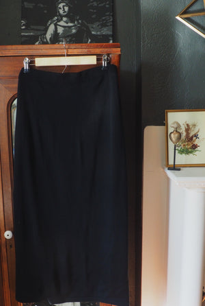 Vintage Knit Black Midi Skirt