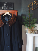 Load image into Gallery viewer, Vintage Cashmere Coat