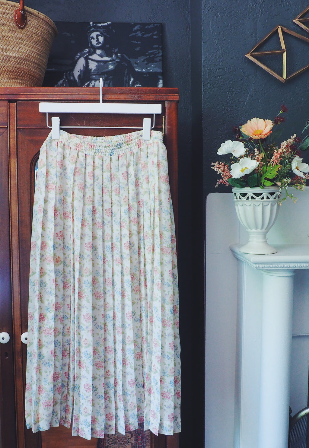Vintage Pink and Violet Floral Pleated Midi Skirt