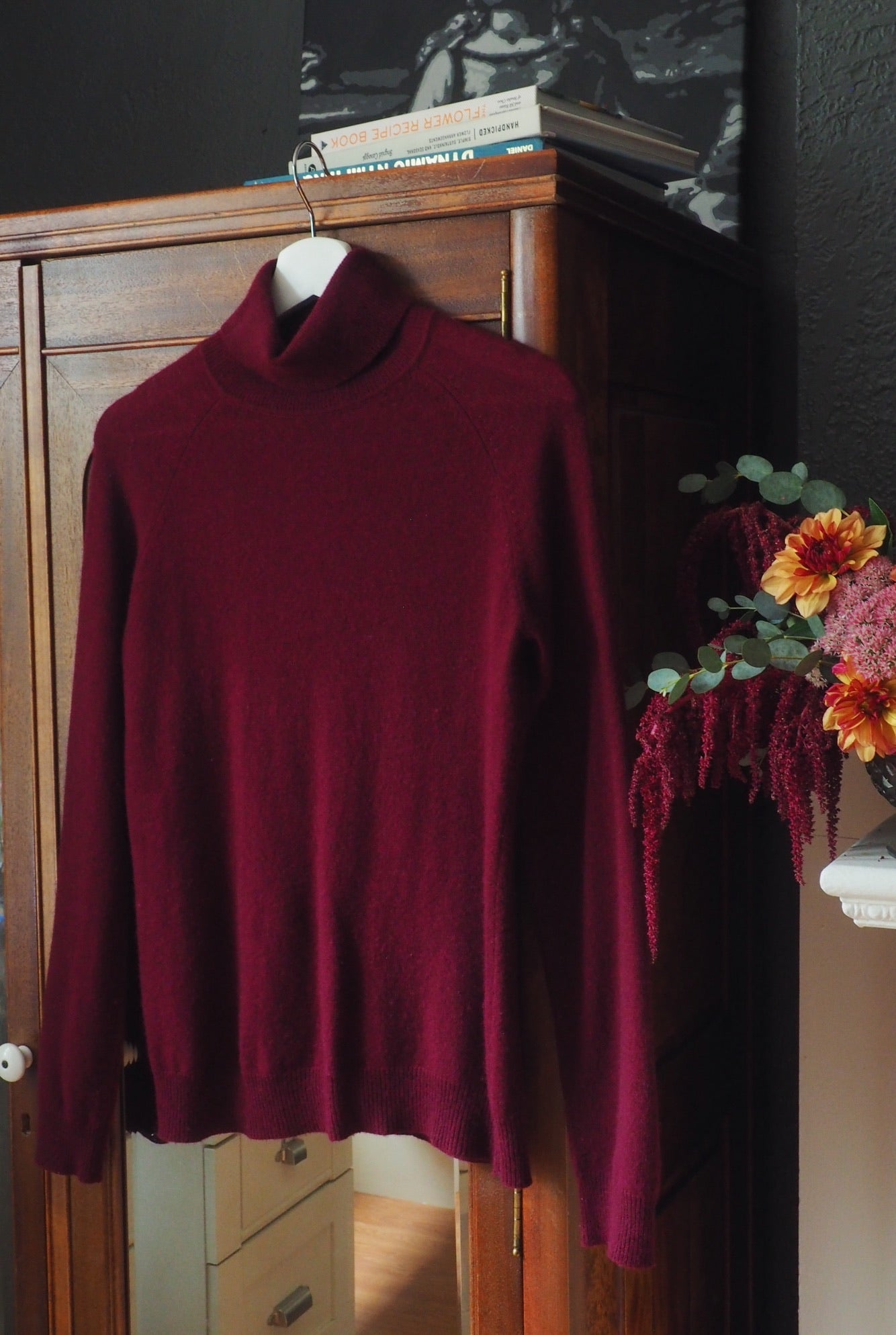 Vintage 100% Cashmere Berry Turtleneck