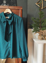 Load image into Gallery viewer, Vintage Pendleton Deep Green Secretary Bow Blouse