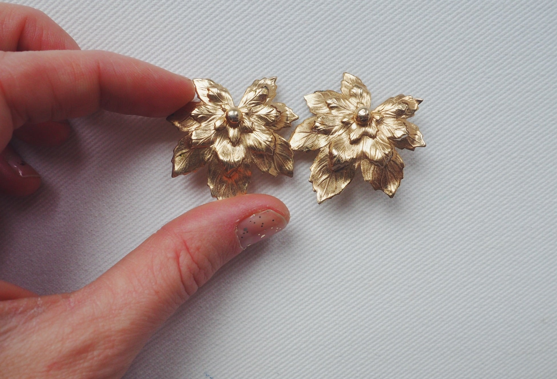 Vintage Oversized Foliage Clip-Ons