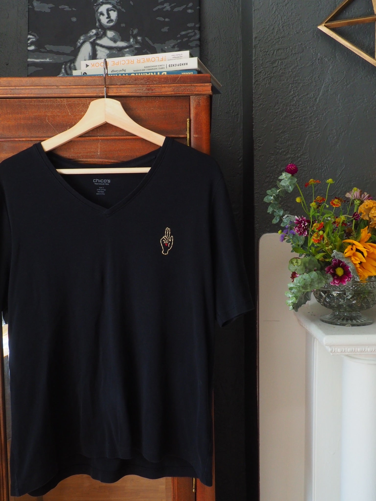 Thrifted & Threaded Wounded Healer V-Neck T in Black