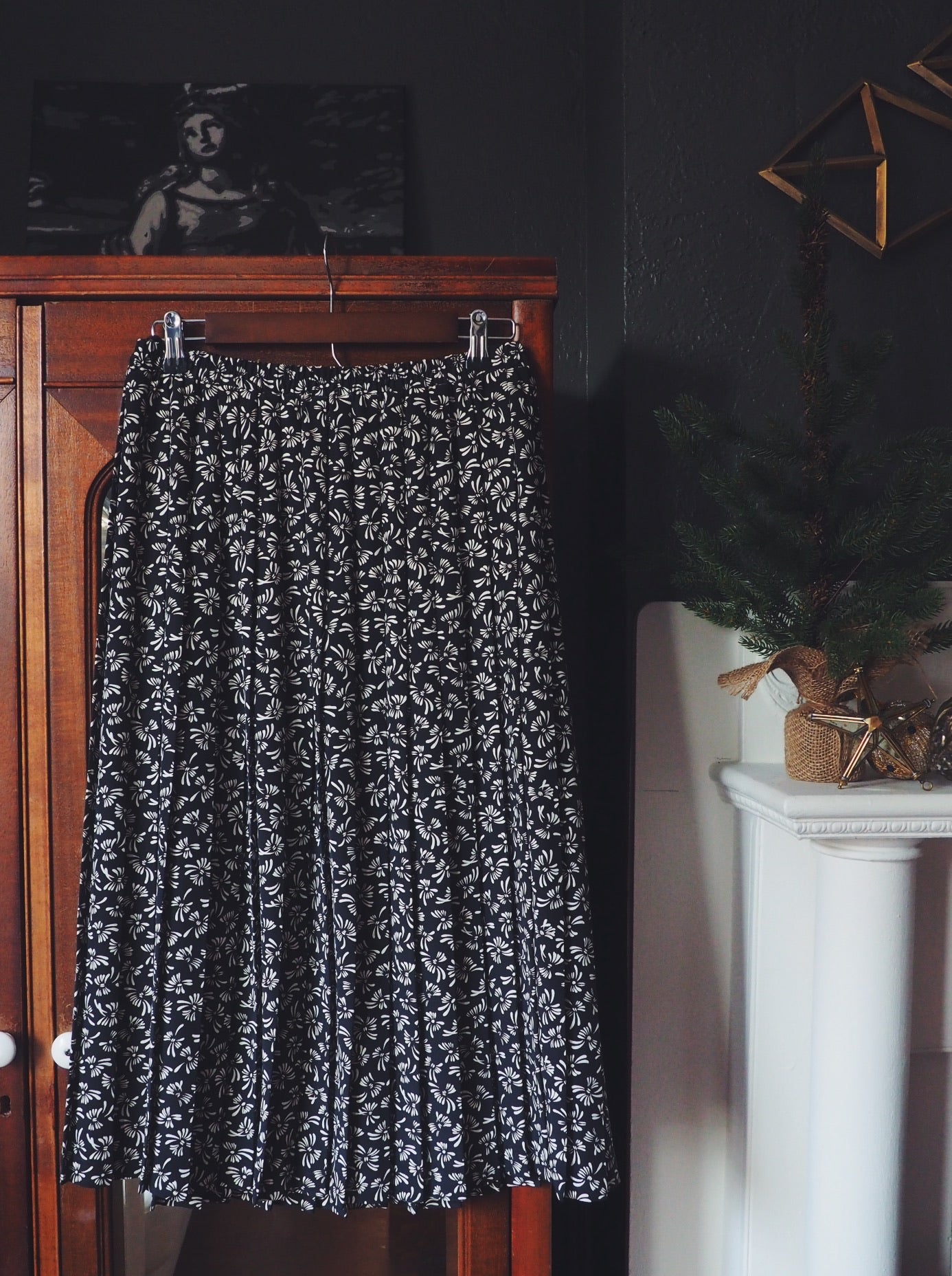 Vintage Accordion Pleat Print Midi Skirt