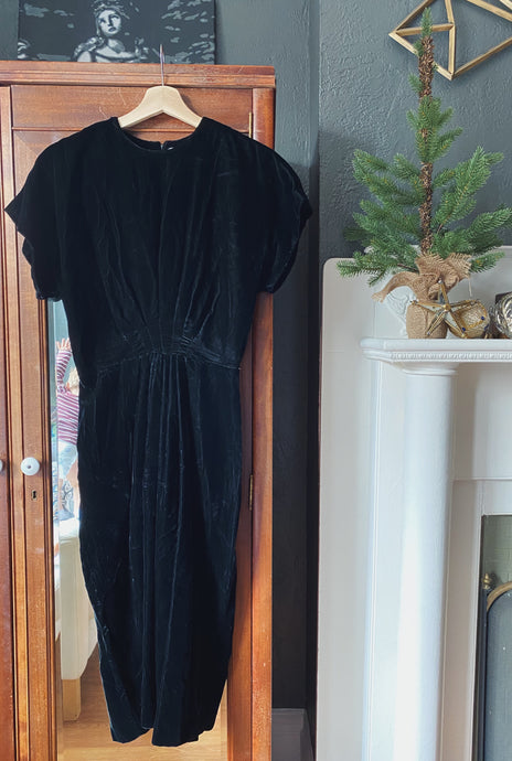 Vintage Short Sleeve Velvet Midi Dress