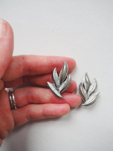 Vintage Foliage Clip On Earrings