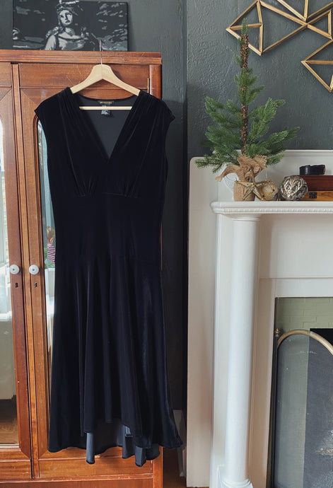 Velvet V-Neck Midi Swing Dress