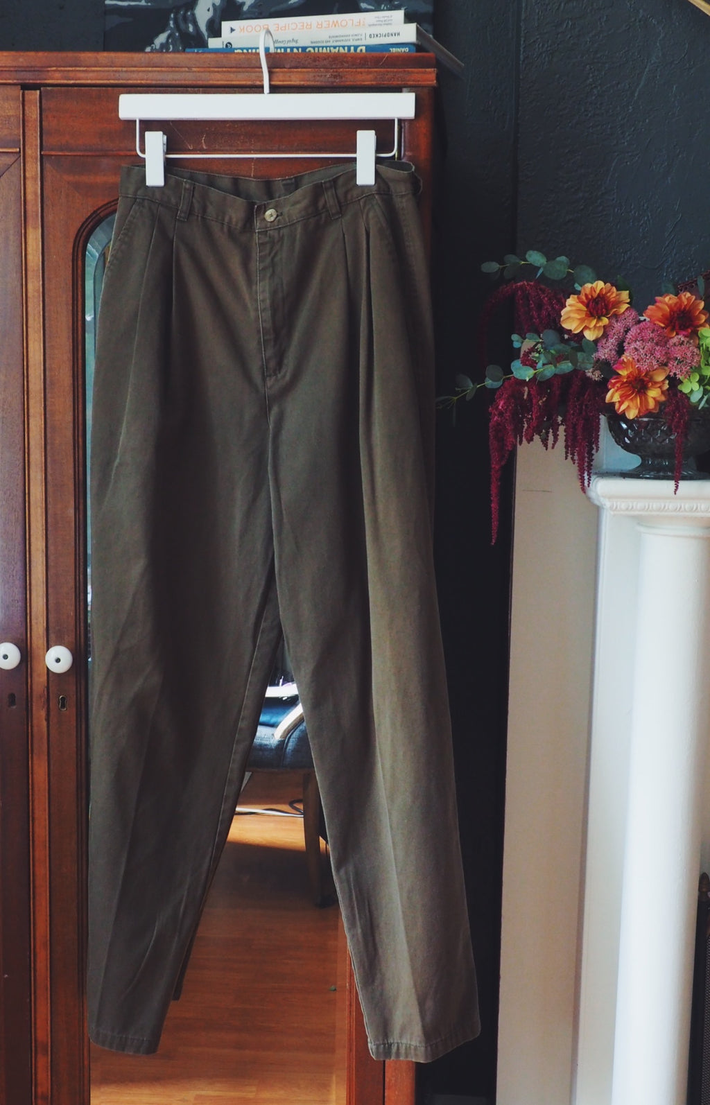 Vintage 100% Cotton Ovoid Pleat Pants