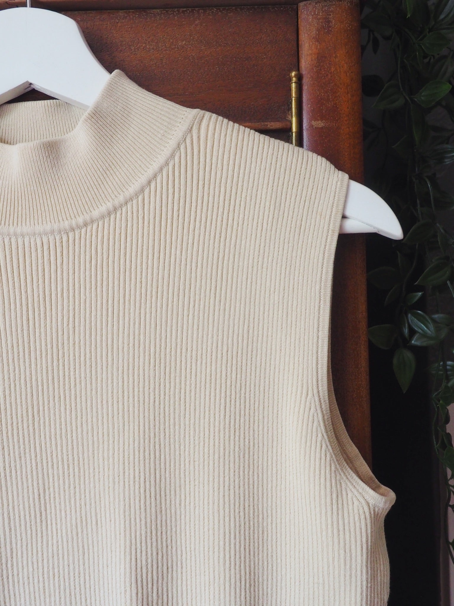 Vintage Cream Ribbed Sleeveless Mock Neck