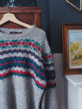 Load image into Gallery viewer, 80s Knit Sweater