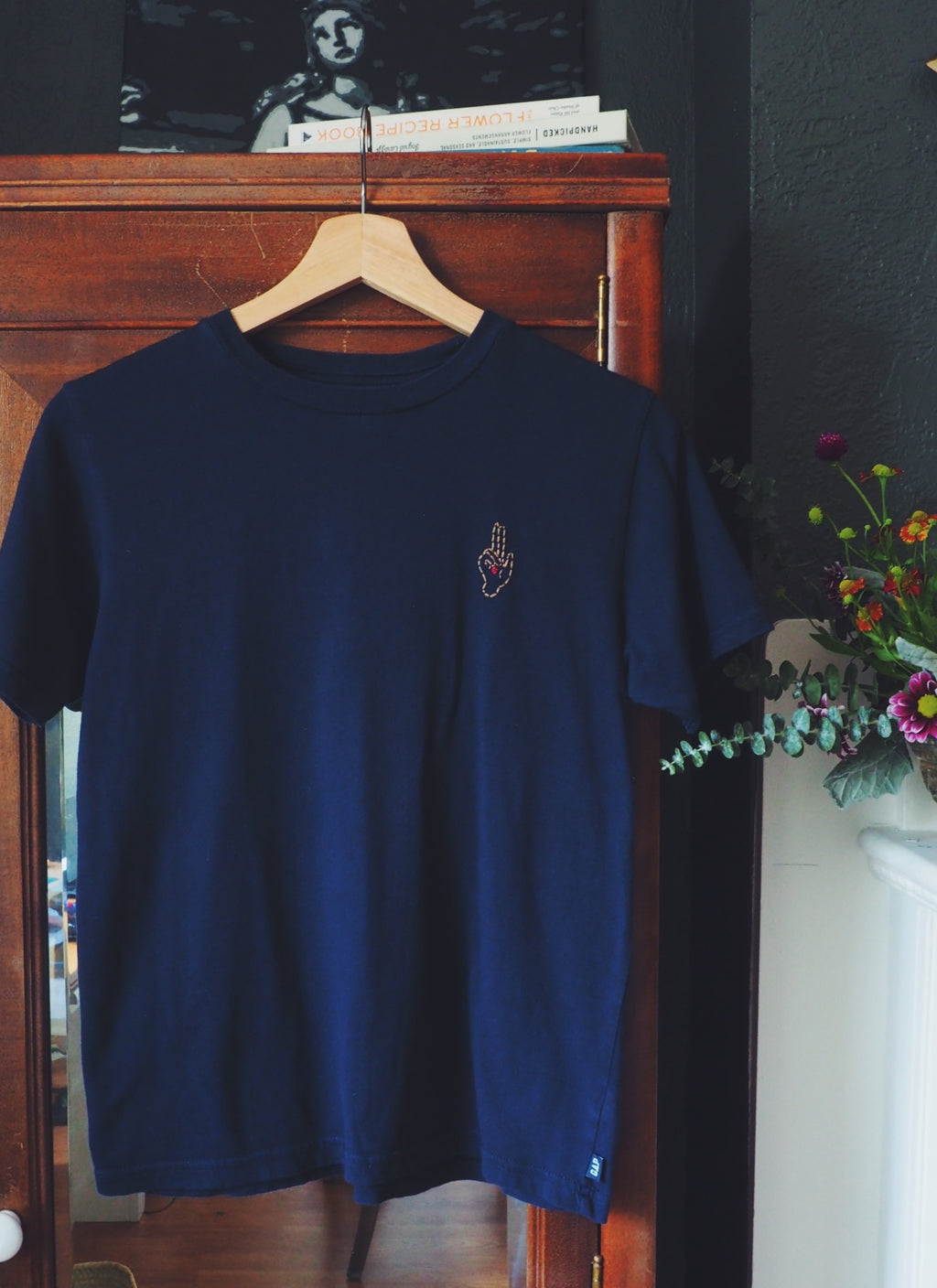 Thrifted & Threaded Wounded Healer T in Navy