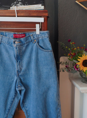 90s Levi's 550 Relaxed Fit Stonewash Denim