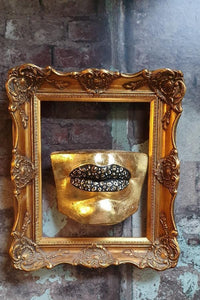 'Sally' Wall Mounted Lips Wall Decor/Shelf