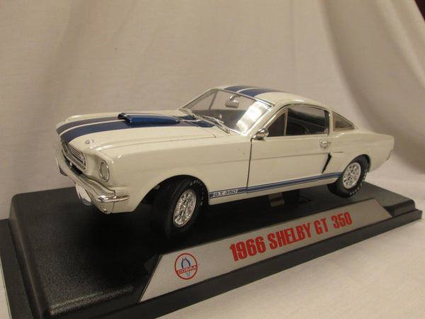 1:18 1966 Shelby Mustang GT350