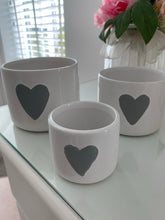 Load image into Gallery viewer, Set of 3 Grey Heart Pots