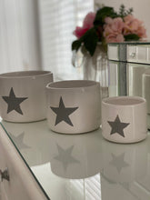 Load image into Gallery viewer, Set of 3 Grey Star Pots