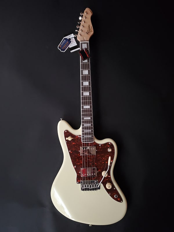Revelation RJT60H Electric Guitar in Vintage White