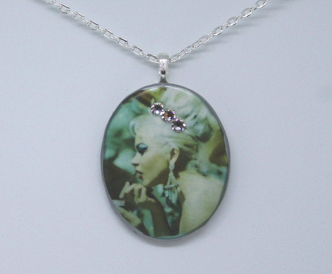 Necklace - tiara - Bay Leaf Door