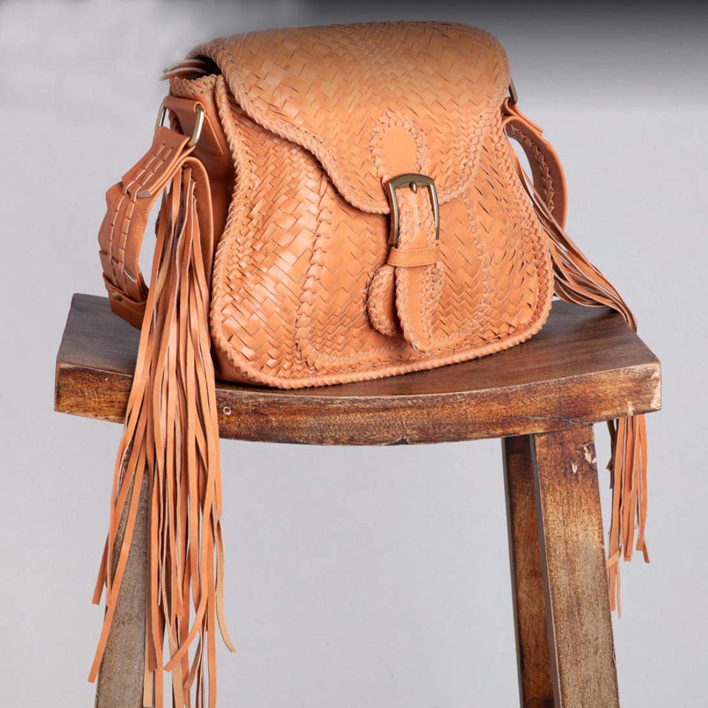 Ovae Adelaide Woven Saddle Bag  – Buttermilk