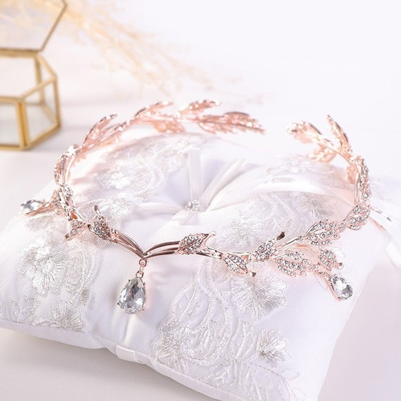 Bridal Crowns and Tiaras | Woodland Gatherer | Australian Online Store | Gifts & Treasures | Special Occasions & Everyday Fun | Boho Life | Whimsical Treats | Jewellery | Fashion | Crafting DYI | Stationery | Boho Festival Fashion