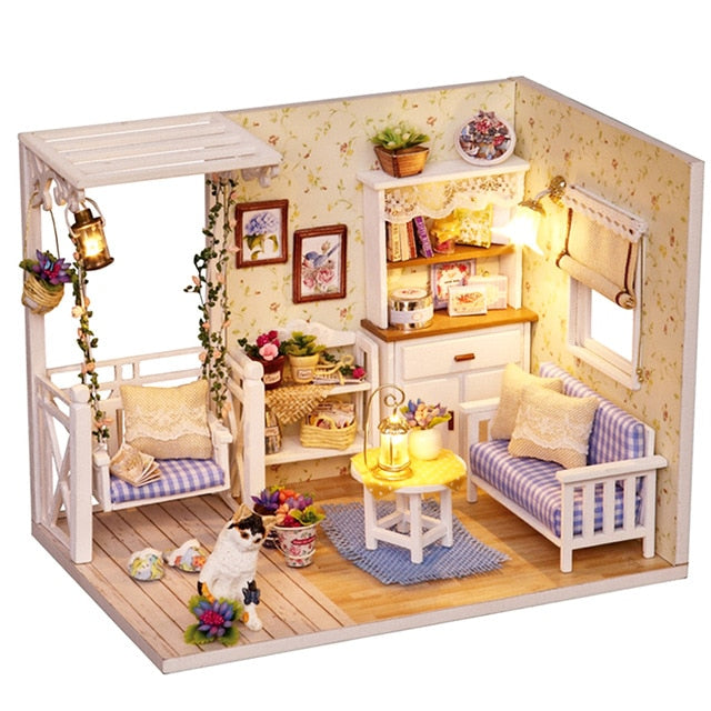 DIY Wooden Tiny Doll Houses, Shops & Box Theatre Kits with Miniatures