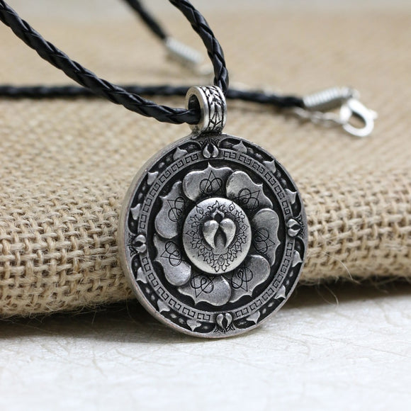Sacred Geometry Pendant Boho jewellery Fashion | Woodland Gatherer | Australian Online Store | Gifts & Treasures | Special Occasions & Everyday Fun | Boho Life | Whimsical Treats | Jewellery | Fashion | Crafting DYI | Stationery | Boho Festival Fashion