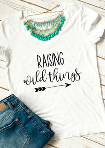 RAISING Wild Things  T-Shirt Casual Cotton