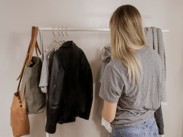 CLOSET CLEAN OUT : A GUIDE TO CAPSULIZING YOUR CLOSET