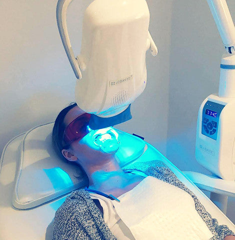 In Chair Whitening - 1 Hour Treatment x 4