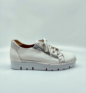 Jose Saenz White leather Sneaker