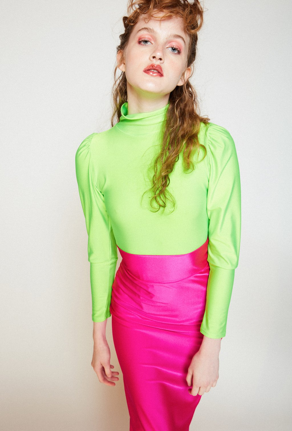SHEENA NEON GREEN LONG SLEEVE TEE