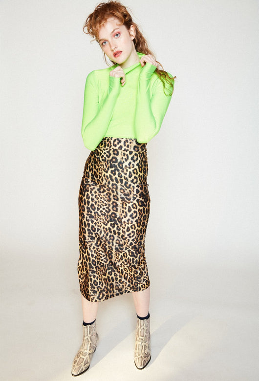 MARITA NEON GREEN TURTLENECK
