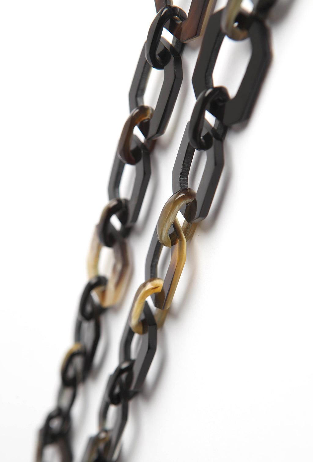 SOHO SUNGLASSES CHAIN DARK MARBLE (SQUARE)