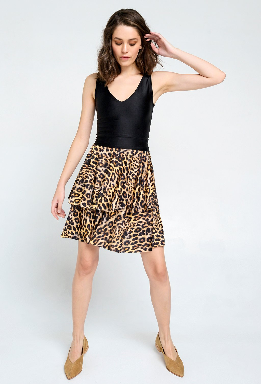 PAME SHORT LEOPARD SKIRT