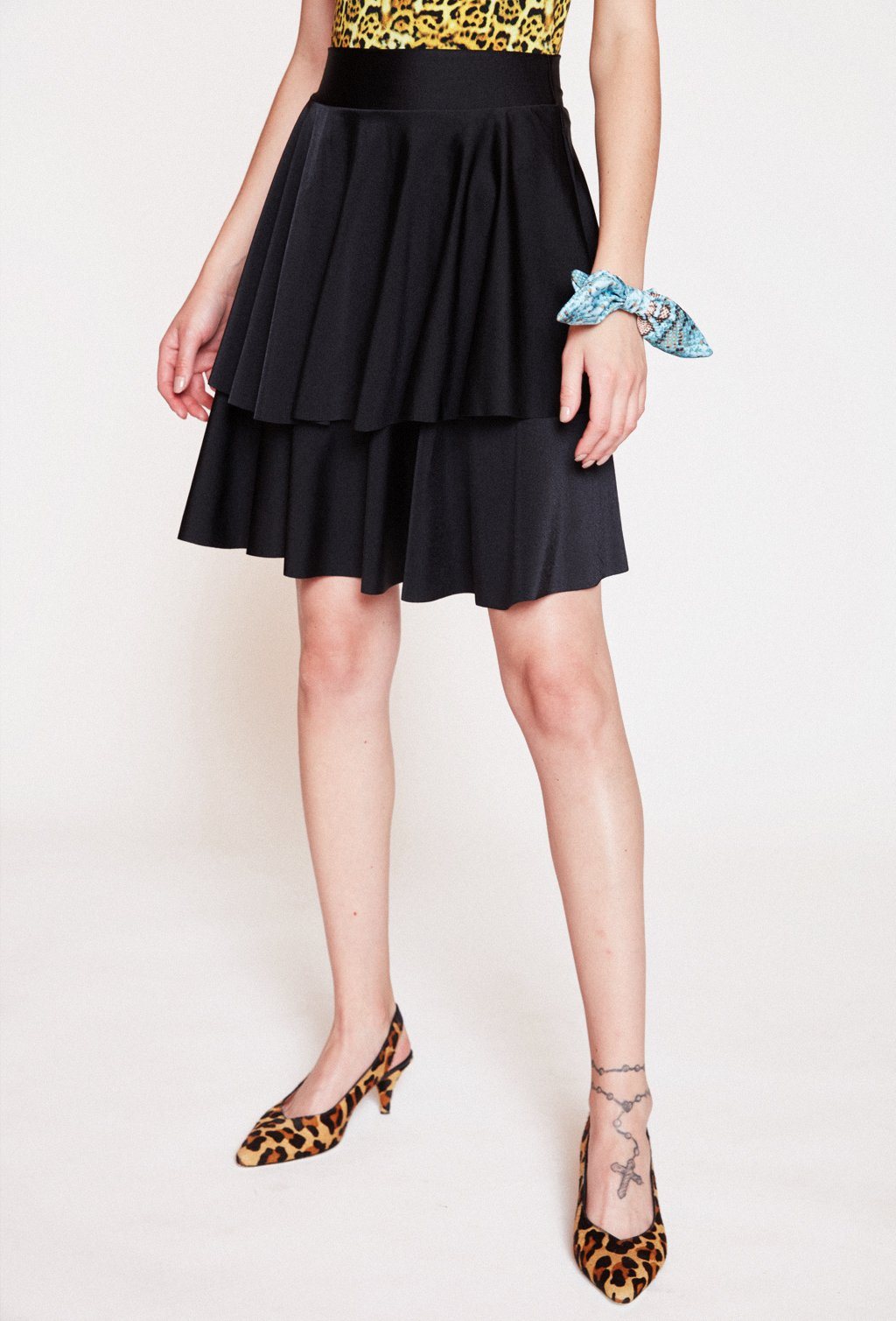 PAME SHORT BLACK SKIRT
