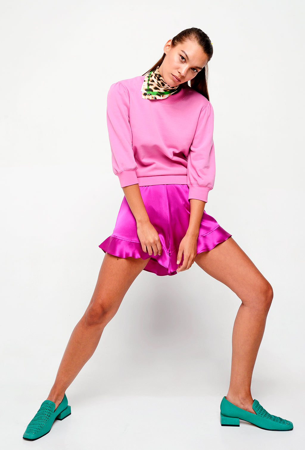 SHORT CHE SILK FUCHSIA