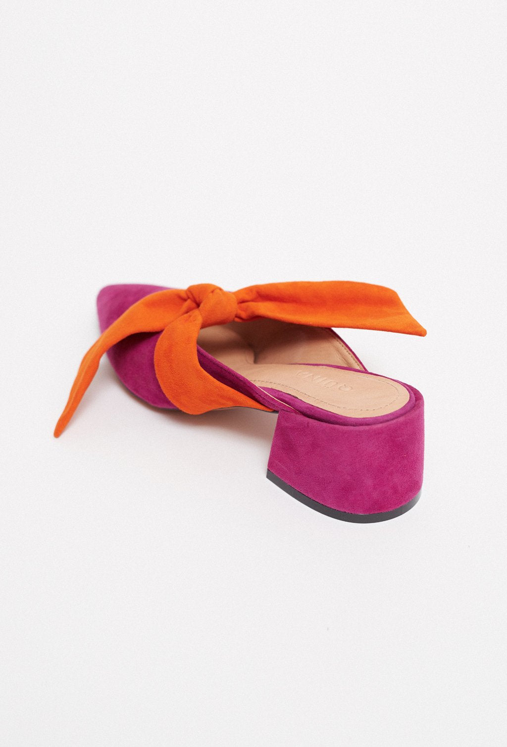 ISIDORA SQUARE HEEL FUCHSIA SHOES