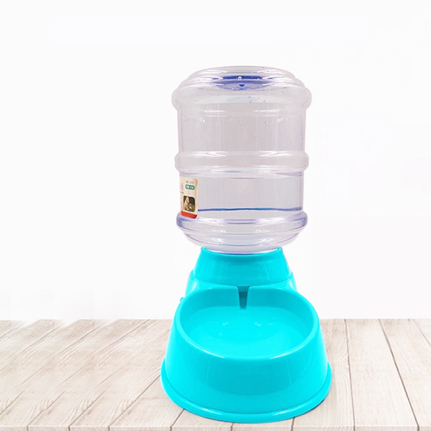 Big blue automatic water dispenser for dogs