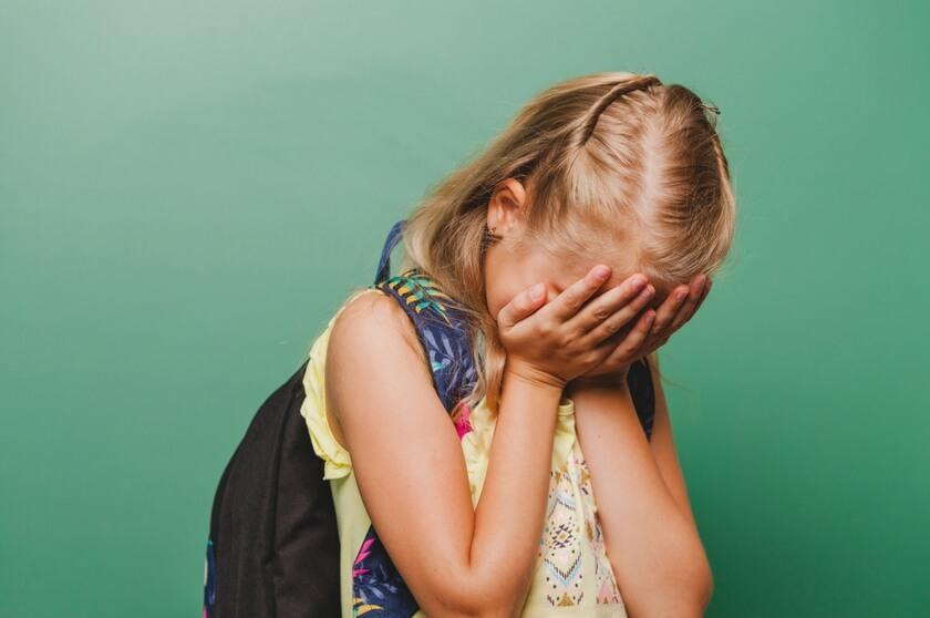 7 Effective Ways to Help Children Overcome Social Anxiety