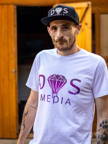 DS media official t shirt White t shirt colour print