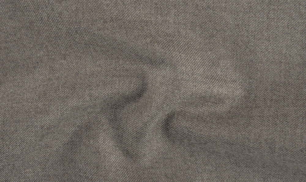 EThomas Wool Cashmere: Brownish Grey Twill