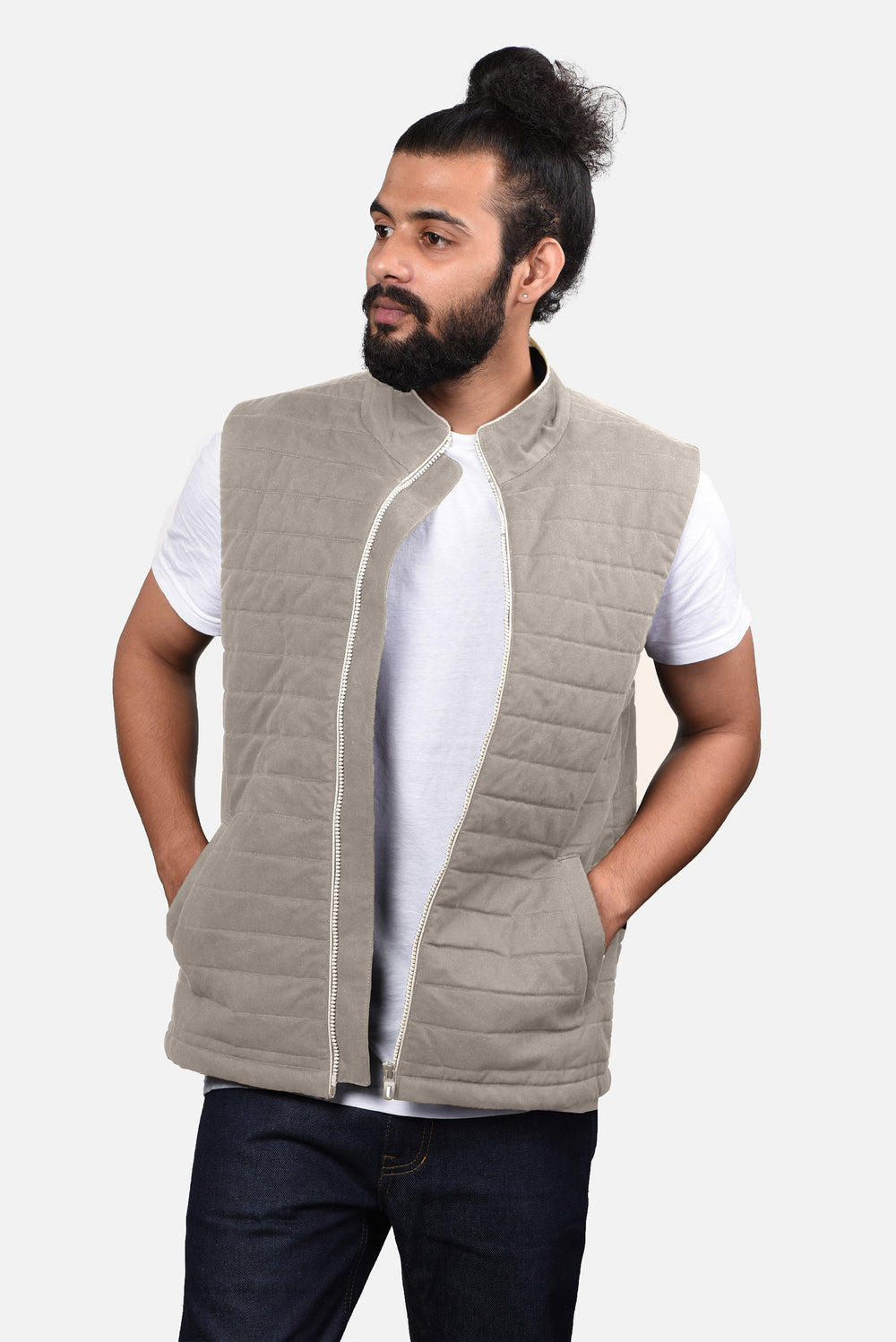 Quilted Gilets in Performance: Light Fade Beige Twill