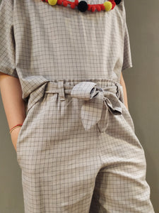 Set pants and short sleeve t-shirt
