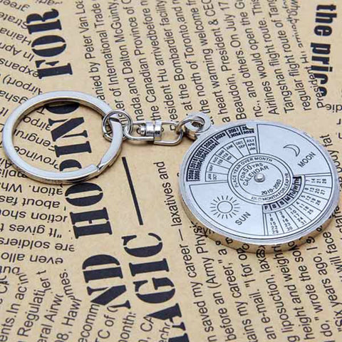 1pcs Mini 50 Years Silver Stailess Steel Alloy Perpetual Sun Moon Carving Calendar Keychain Ring Unique Metal llavero Keyring