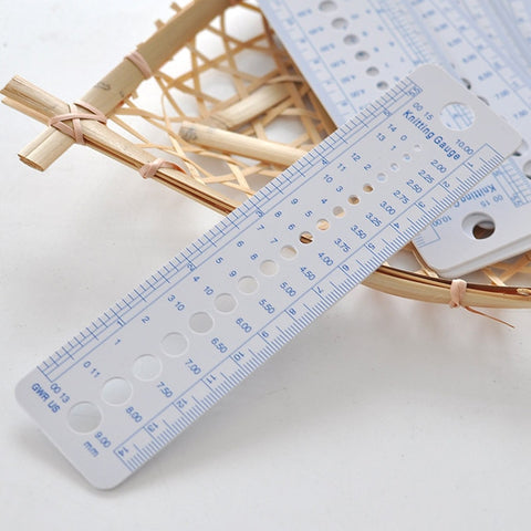 1pcs Plastic Sew Knitting Needle Gauge Inch cm Ruler Tool (US UK Canada Sizes) 2-10mm Sewing Accessories Tools