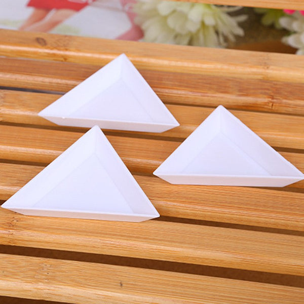 10Pcs/set Plastic Triangle  Rhinestones Beads Crystal Nail Art  White Sorting Trays