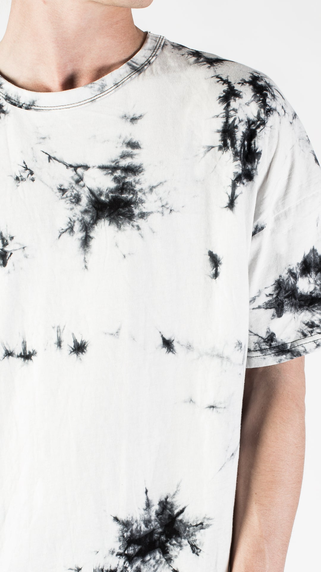 ACID WASH OVERSIZED T-SHIRT